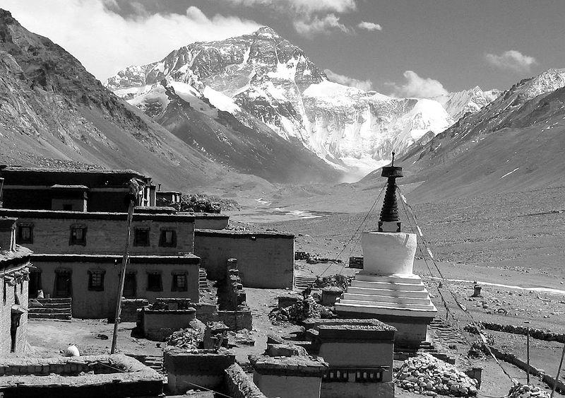Sublimar lo imposible Monte-Everest-desde-el-monasterio-de-Rongbuk