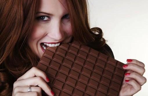Le chocolat et les autres friandises : C'est bon pour le moral ! - Page 3 Le-plus-grand-consommateur-de-chocolat-est-la-Suisse-Vrai-ou-Faux--510x330