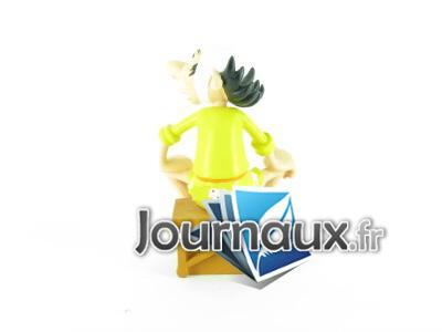 « Astérix, la grande galerie des personnages » - Hachette-Collections (2011-2012) - Page 4 L5153-18-11
