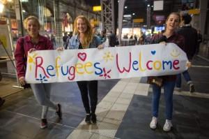 Vă plac migranţii? Primiţi-i în casele voastre, pe banii voştri Refugee-germany-welcome-740x490-300x199