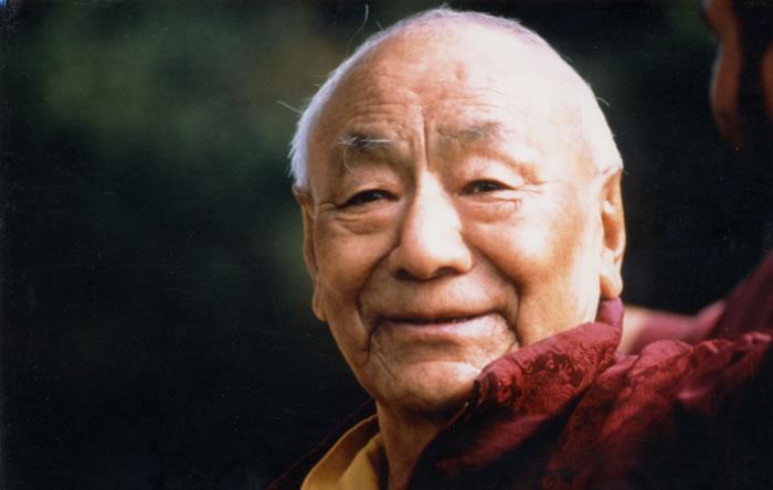 Enseignement: Quelques aspects du sens du mot lama par Lama Guendune Rinpoché Guendu29