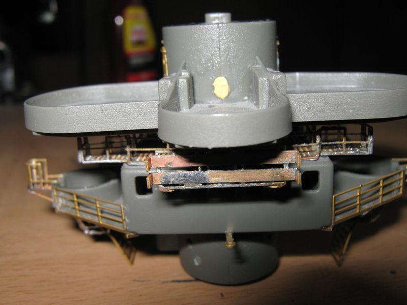 Schlachtschiff Bismarck von Amati 1/200 - Seite 5 Bismarck%200127