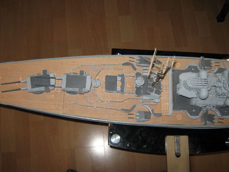 Schlachtschiff Bismarck von Amati 1/200 - Seite 7 Bismarck%200156