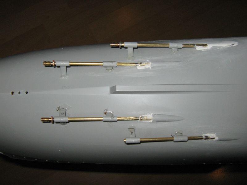 Merit RC Flugzeugträger CV 8 Hornet 1/200 Baubericht Hornet%20045