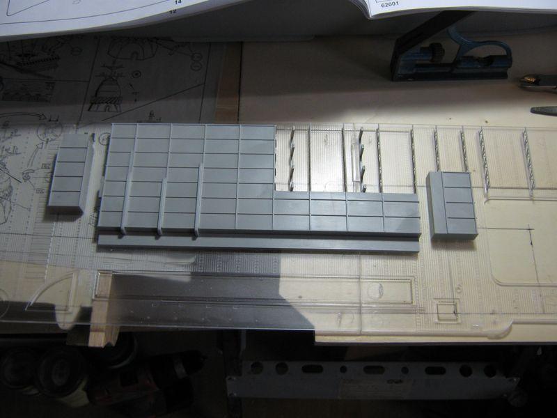 Merit RC Flugzeugträger CV 8 Hornet 1/200 Baubericht - Seite 2 Hornet%20049