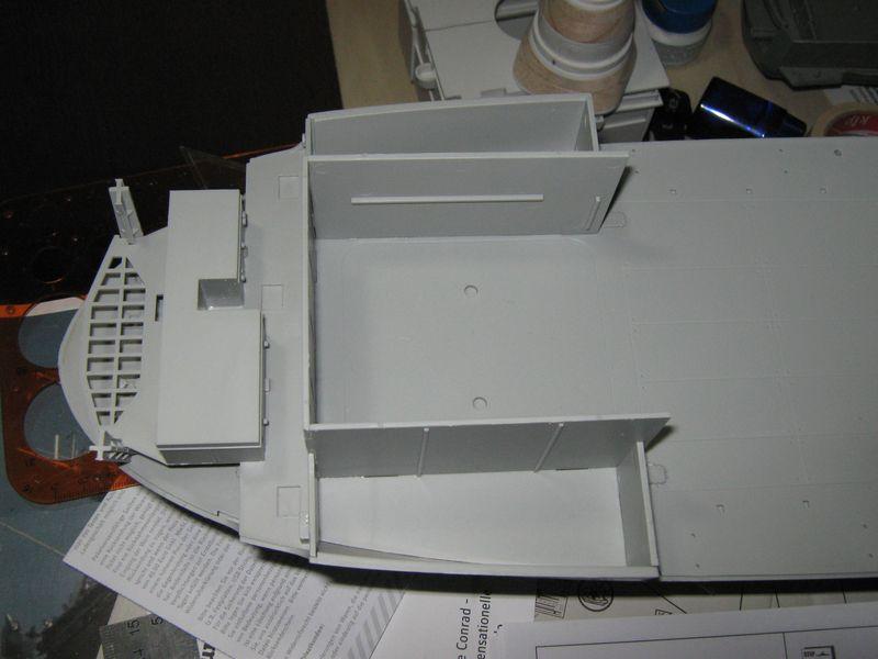 Merit RC Flugzeugträger CV 8 Hornet 1/200 Baubericht - Seite 2 Hornet%20053