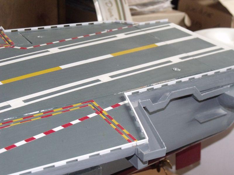 Flugzeugträger Nimitz 1/200 von kaewwantha - Seite 6 Nimitz%200207