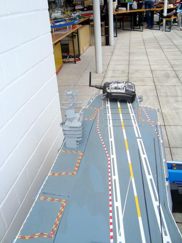 Flugzeugträger Nimitz 1/200 von kaewwantha - Seite 11 Nimitz%200303