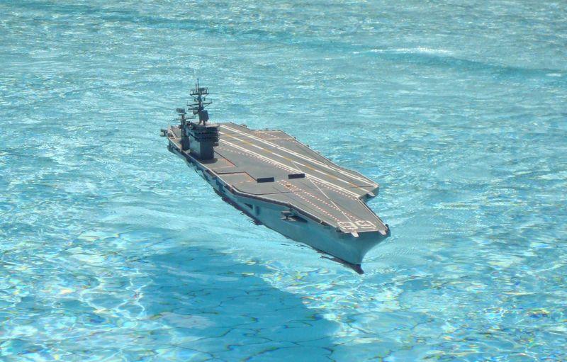 Flugzeugträger Nimitz 1/200 von kaewwantha - Seite 11 Nimitz%200314