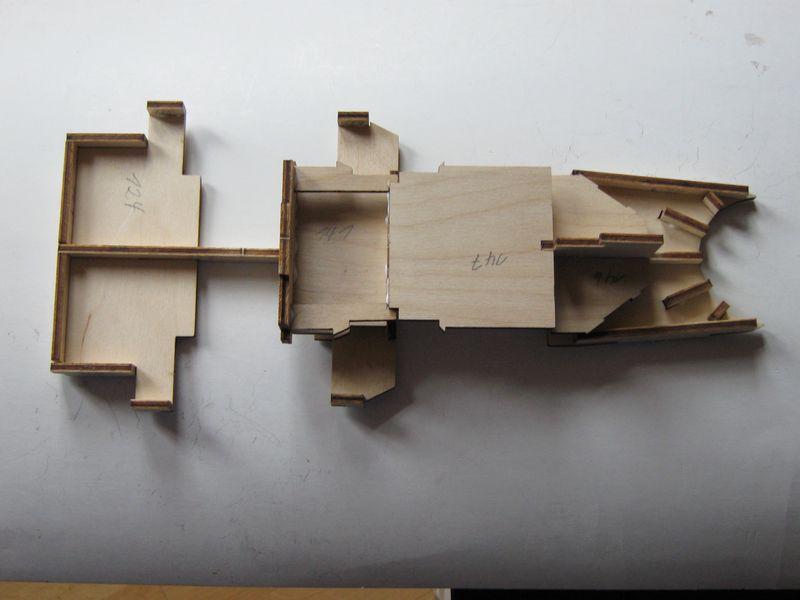 Bau der Tirpitz aus der Hachette Bismarck Heftserie 1/200 - Seite 5 Tirpitz%20048