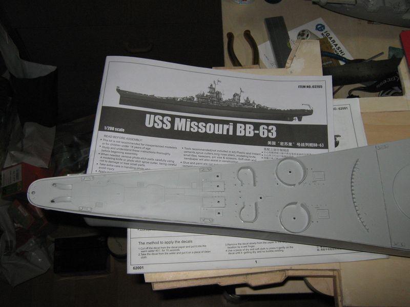 Bau der Missouri von Trumpeter in 1/200 - Seite 2 Missouri%20061