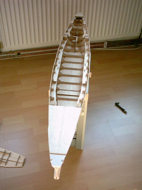 Schlachtschiff Bismarck von Amati 1/200 Bismarck%200009