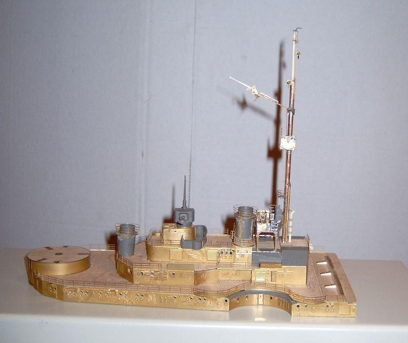 Schlachtschiff Bismarck von Amati 1/200 Bismarck%200053