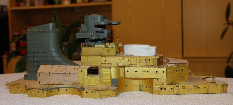 Schlachtschiff Bismarck von Amati 1/200 - Seite 2 Bismarck%200073