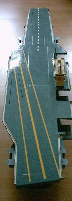 Flugzeugträger Forrestal 1/200 von kaewwantha - Seite 2 Forrestal%200070