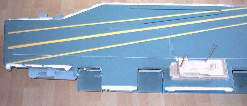 Flugzeugträger Forrestal 1/200 von kaewwantha - Seite 2 Forrestal%200071