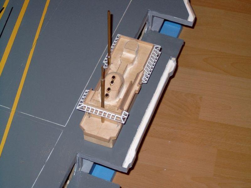 Flugzeugträger Forrestal 1/200 von kaewwantha - Seite 2 Forrestal%200073
