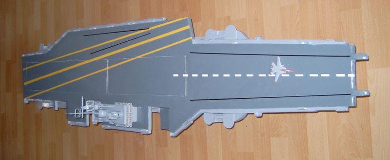 Flugzeugträger Forrestal 1/200 von kaewwantha - Seite 2 Forrestal%200097