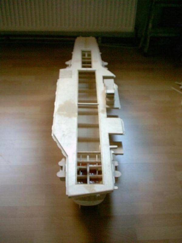 Flugzeugträger Forrestal 1/200 von kaewwantha Forrestall%200025