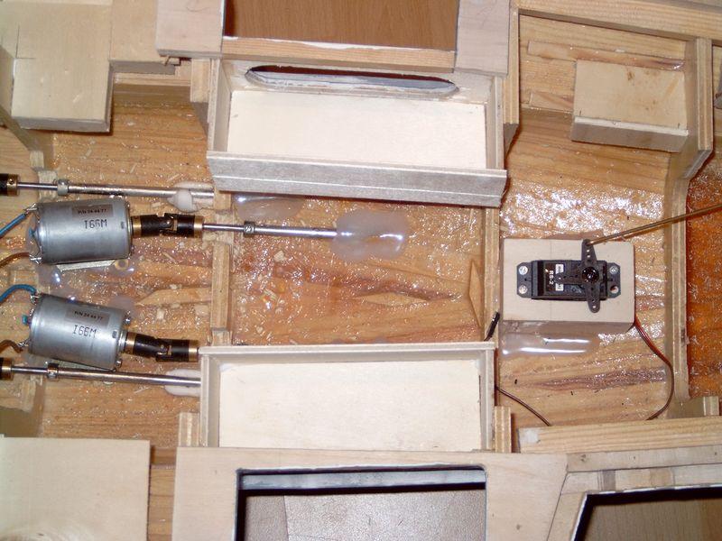 Flugzeugträger Nimitz 1/200 von kaewwantha - Seite 2 Nimitz%200148