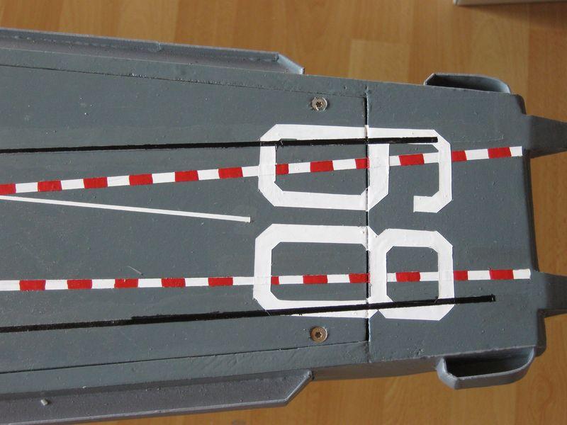 Flugzeugträger Nimitz 1/200 von kaewwantha - Seite 4 Nimitz%200179