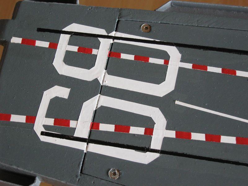Flugzeugträger Nimitz 1/200 von kaewwantha - Seite 4 Nimitz%200180