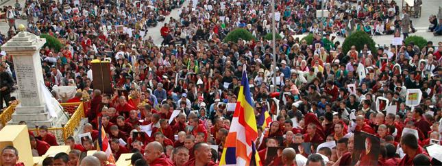 Actualités du Bouddhisme dans le monde : Sa Sainteté s'adresse aux supporters ! 2011-02-03_3