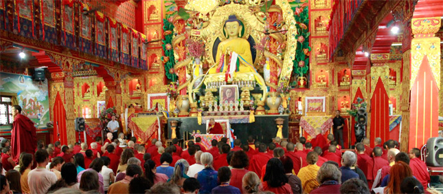 karmapa - Maîtres Eveillés : Conscience & sagesse par le 17ème Gyalwang Karmapa 2011-03-17_3
