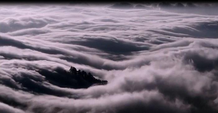 الله يزجي سحاباً  Cloud34