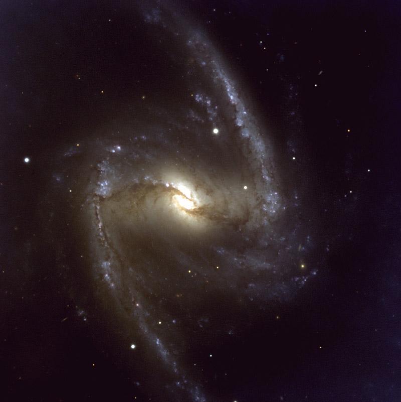 المجره الحلزونيه Barred-spiral-galaxy