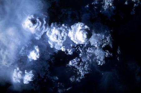 معجزة تشكل الغيوم ونزول المطر Cloud_formation_02