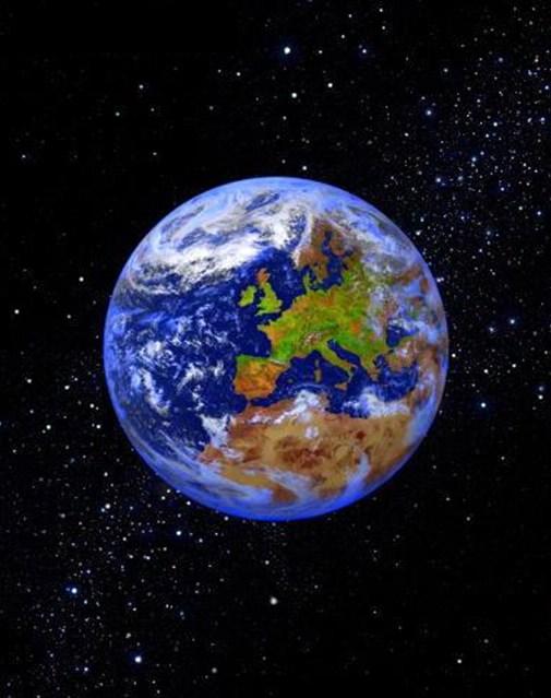 صور إعجازية لعظمة الله في الكون Earth_aya