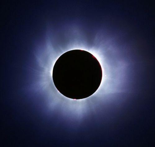 كسوف الشمش Eclipse_sun_004