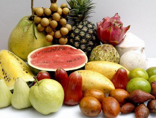 الإسراف في الأكل والشرب يعطل أنظمة الجسم Food-drink-1