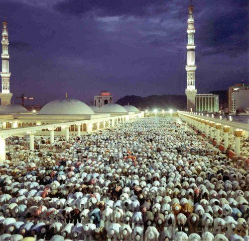 الصلاه لعلاج مشاكل العمود الفقرى Masjed-nabawi