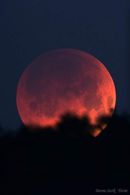 خسـوف القمـر Moon_eclip_2