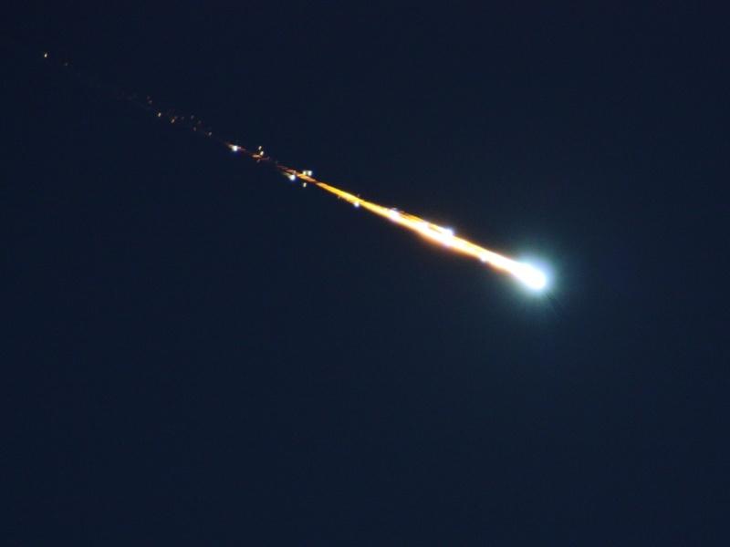 معلومة عن النيازك... Space-98789