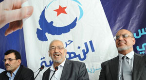 Ennahdha abat ses cartes : pas d'élections avant 2014!  Ennahdha22