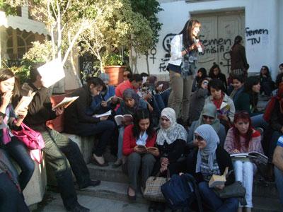 [Printemps Arabe] Tunisie - Page 4 Livre1