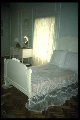 Karen Blixen Bed