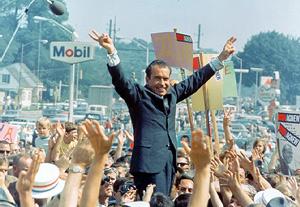 L'OR NOIR DES HOPIS La fin d'un monde Nixon