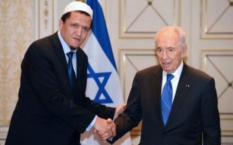 Des imams rencontrent le Pape Francois 7759332874_l-imam-hassen-chalghoumi-et-le-president-israelien-shimon-peres1