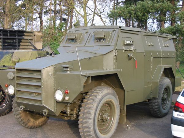 Armoured Command Vehicle Pig-1