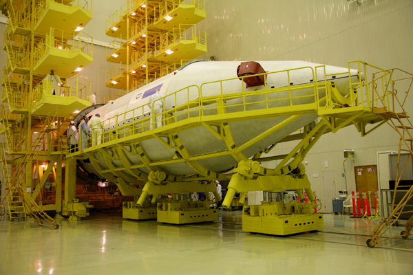 Lancement Proton-M / DirecTV-12 - 29 décembre 2009 3A3U2315_small