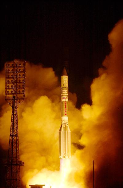 Lancement Proton-M Briz-M / Nimiq 5 (17/09/2009) - Page 2 Nimiq-5-Launch-Photo_1