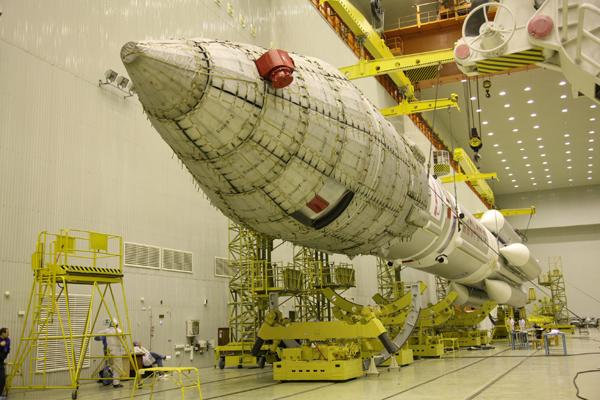 Lancement Proton-M Briz-M / SES-1 (24/04/2010) Ams2404103A3U5259s