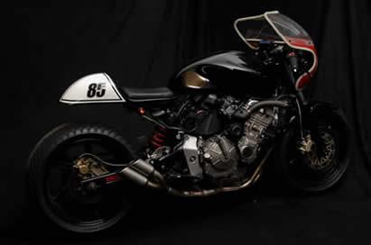Transformation Honda Hornet en Café Racer  _DSC7484_000