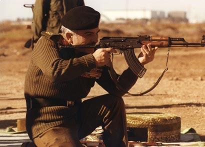صور الملك حسين رحمة الله بالزي االعسكري Album_c286