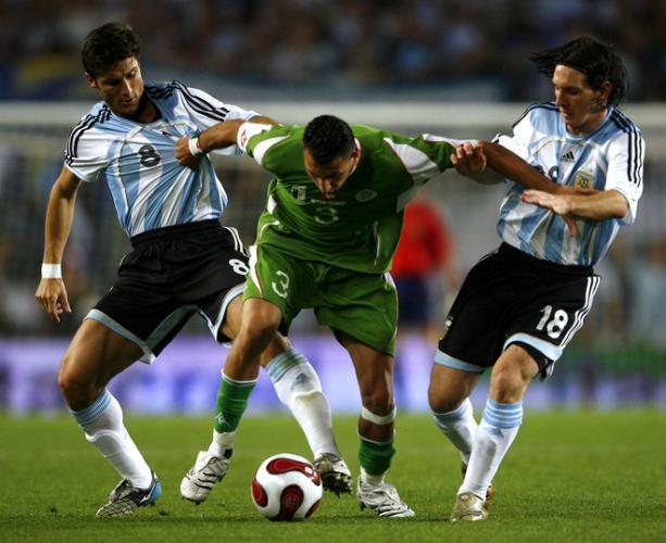 الجزائر تستعد لكأس العالم بمواجهة البرازيل أو الأرجنتين N4