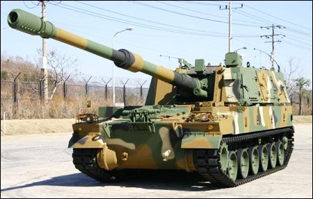 ثمرة التعاون الصناعى العسكرى المصرى الكورى الجنوبى ، تصنيع المدفع الكورى K-9 Thunder 090804_p04_k9